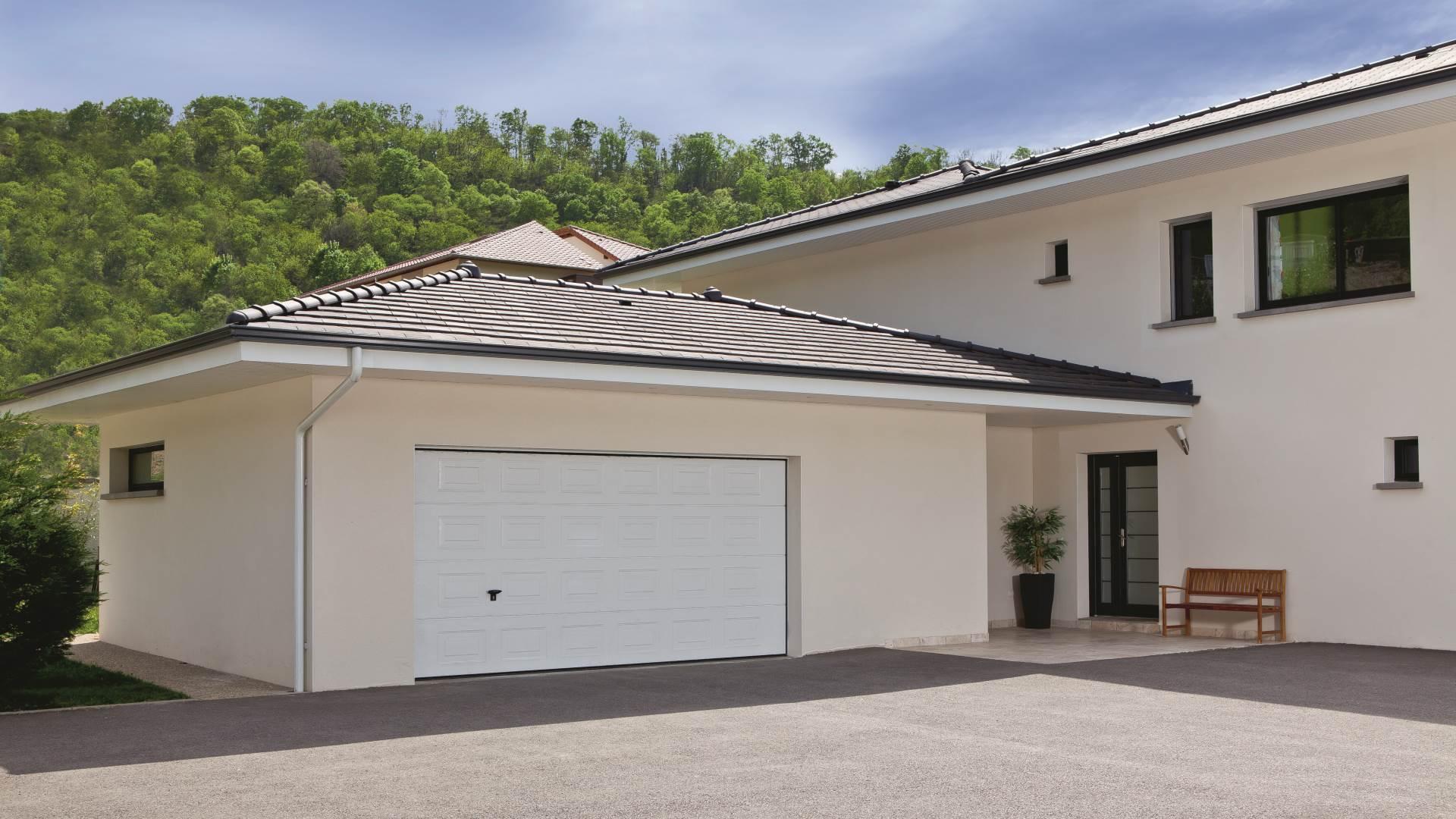 Automazione per porta da garage diag03mgf diagral for Grandi pavimenti del garage